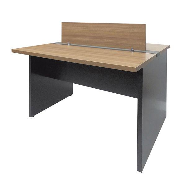 mesa-plataforma-dupla-com-pe-painel-com-1-divisoria-sm-corporativo